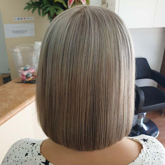 68 Raffinierte Bob Frisuren Bilder Fur Schonheitsfrauen In 2020 Hair Styles Bob Hairstyles Hair