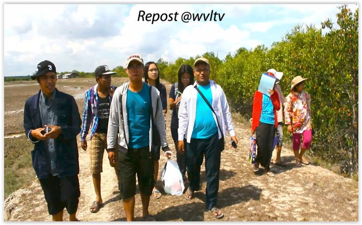 Field research has during the last two years been carried out by Myeik University and Pathein University. The research teams have been based on cross disciplinary approach, organized with researchers from different departments of the universities, with the main contribution from marine scientists and 32 students supported by research grants from Worldview. ...............