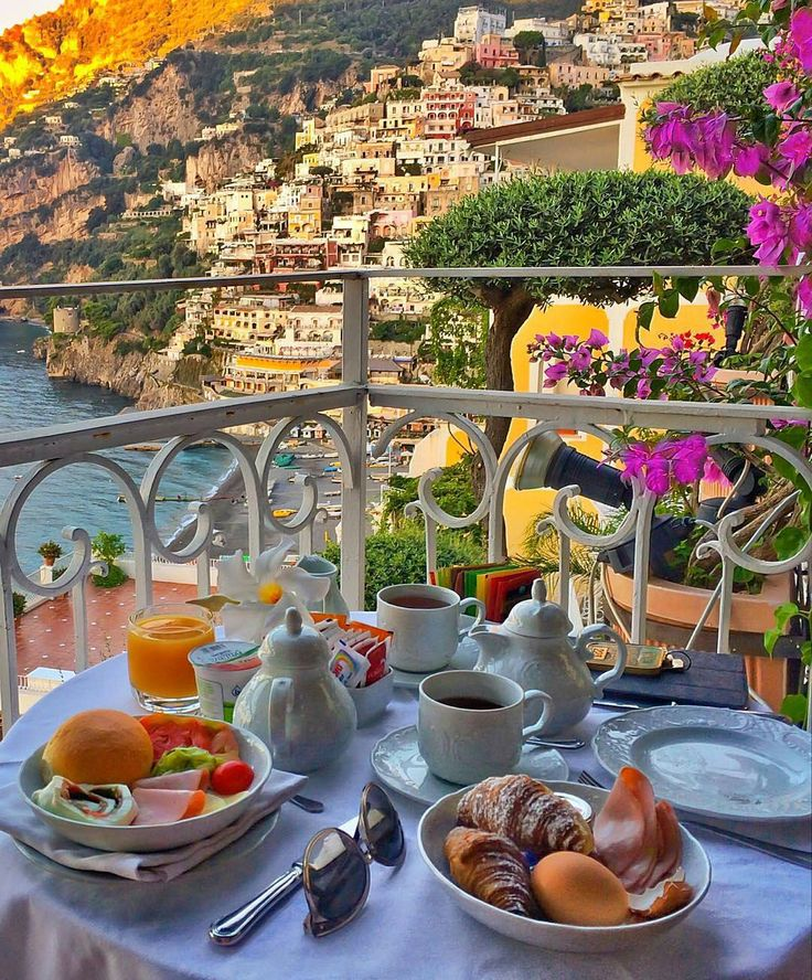 25 best ideas about hotel breakfast on pinterest hotel for Bed and breakfast amalfi coast