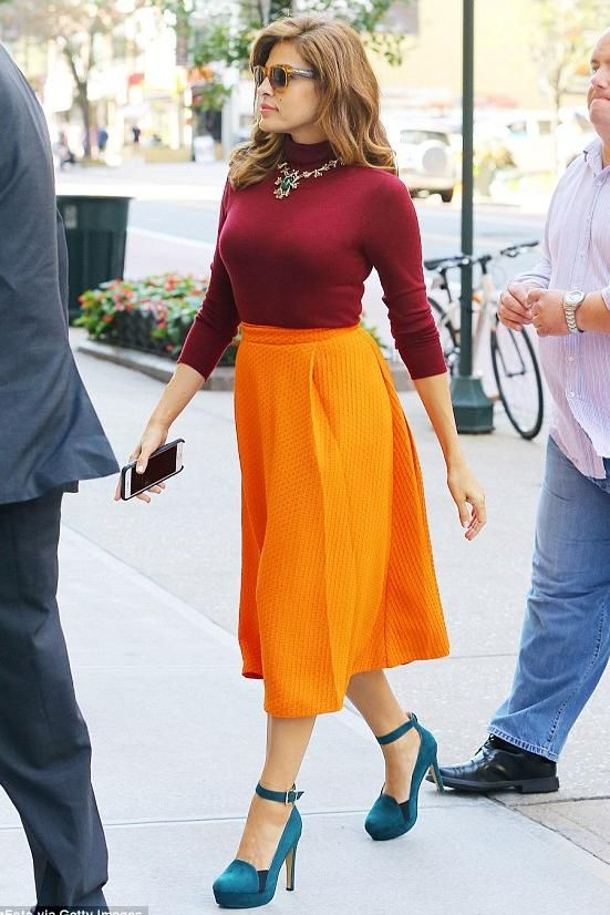 Eva Mendes wearing New York & Company Eva Mendes Clare Full Skirt