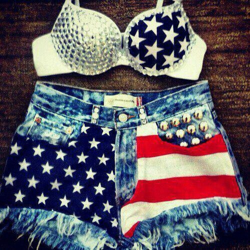 Fourth of July Outfit......if I were still 16! LOL