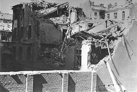 The ruins of an apartment building destroyed by the SS during the suppression of the Warsaw ghetto uprising. Photo credit: Glowna Komisja Badania Zbrodni Przeciwko Narodowi Polskiemu, courtesy of USHMM Photo Archives Suppression of the Warsaw Ghetto Uprising