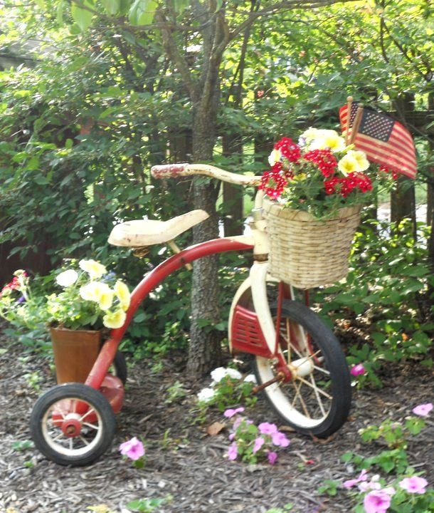 Flea Market Gardening - a tricycle as a flower display..... great for a small space!!