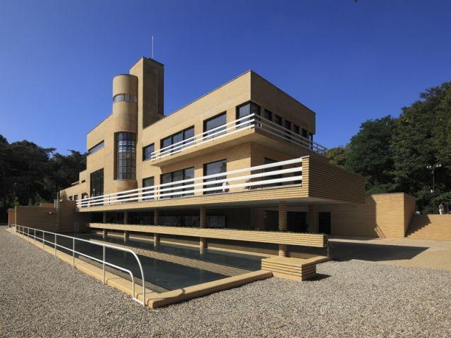 ...  Déconstructivisme, Architecture moderne et Architecture design