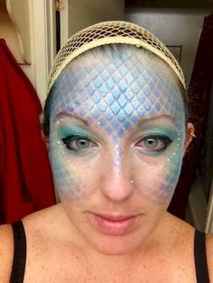 How to Fish Scale or Mermaid your face! Brilliant!