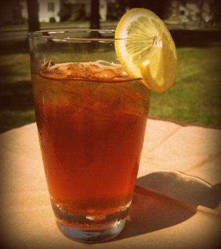 Looking for some fun summer tea recipes? Try these out!