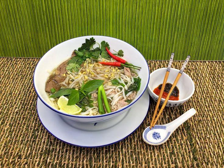 Nejchutnější pravá Vietnamská hovězí polévka Pho - Vařte s Majklem
