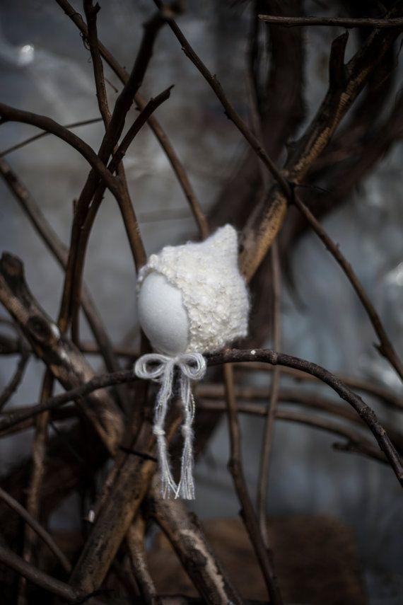 White Elegant Newborn bonnet Newborn photo prop by GabriCollection