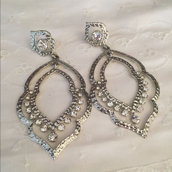 Charming Charlie Earrings Formal style earrings Charming Charlie Jewelry Earrings
