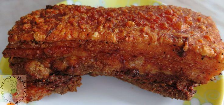 = Crispy Roast Pork = 700g pork belly Dry rub:- 2tsp garlic salt  1tsp five spice powder 1tsp ground white pepper