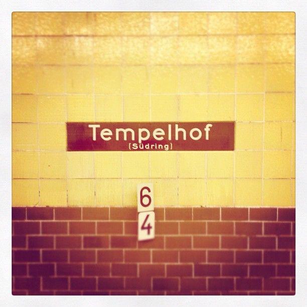 Tempelhof #sign #subway #berlin