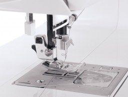 Thumb Macchina per cucire e ricamare Singer Futura XL-580