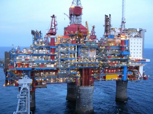Oil Drilling Platform, Norway, deep sea oil drilling, offshore oil drilling,