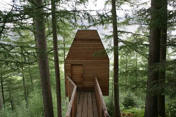 Outlandia: an off-grid treehouse artist studio and fieldstation in Glen Nevis, Lochaber, Scotland. A flexible meeting space in the forest for creative collaboration and research. Imagined by artists Bruce Gilchrist & Jo Joelson, designed by Malcolm Fraser Architects and constructed by local builder Norman Clark, Outlandia is inspired by childhood dens, wildlife hides and bothies, by forest outlaws and Japanese poetry platforms. It is located in a copse of Norwegian Spruce and Larch.