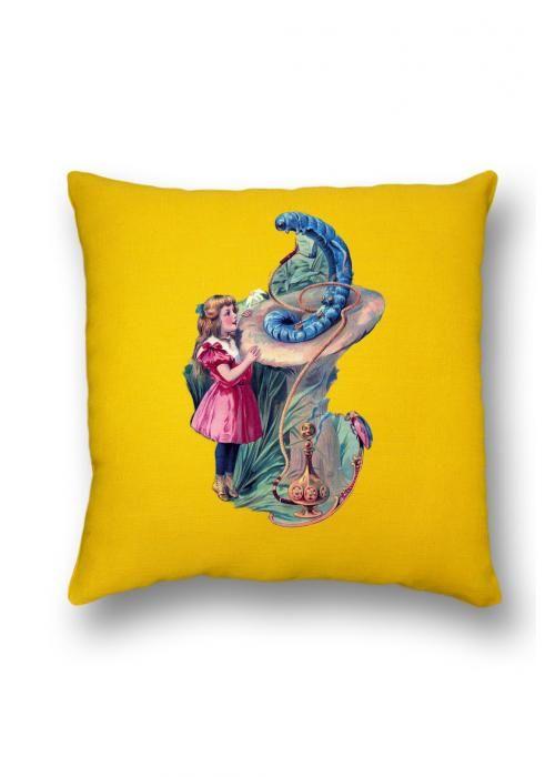 Тематические подушки для кальянной комнаты. Гусеница с кальяном. Купить подушку.