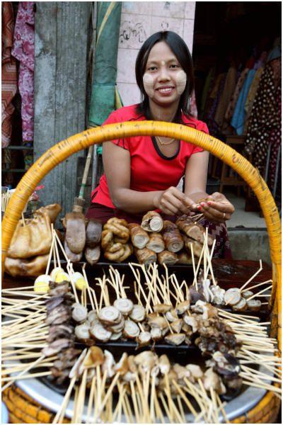 Street food . Myanmar