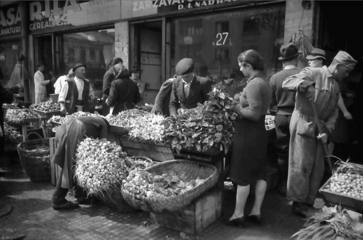 În Piața Amzei, 1941 foto: Willy Pragher, Staatsarchiv Freiburg