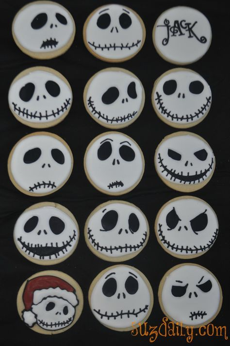 "How to make a ""Nightmare Before Christmas"" Jack Skellington Cookie. Perfect buffet food for our Halloween With Tim Burton party!"
