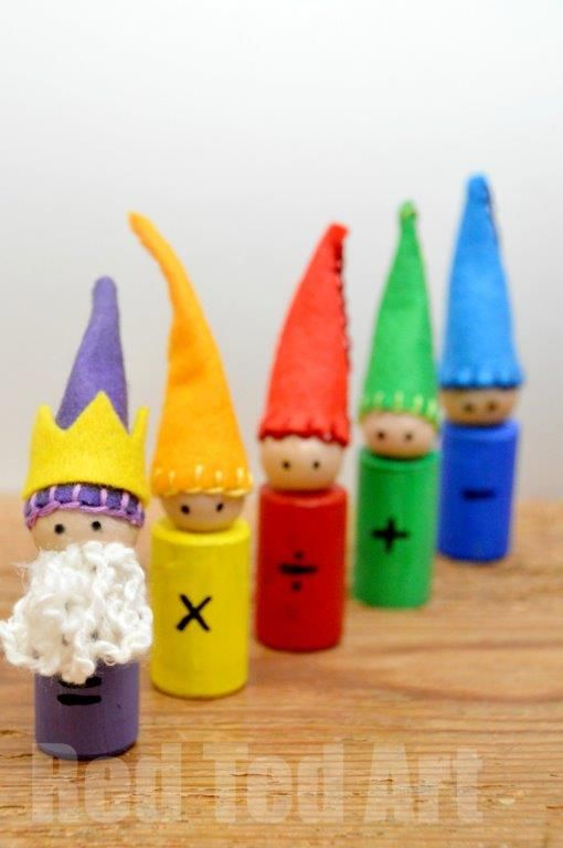 Waldorf Maths Gnomes How To. Great for math, but might make them just as little dolls.  Let's see how crafty I can be.  ; )