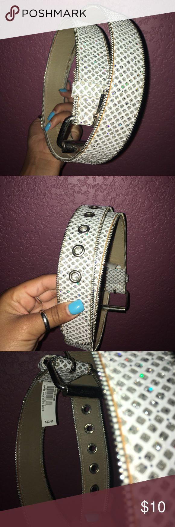 sparkly belt sparkles for days !!! Accessories Belts