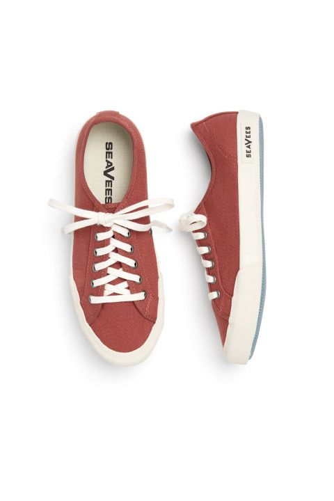 Stitch Fix Spring Shoes: Lace-Up Sneakers