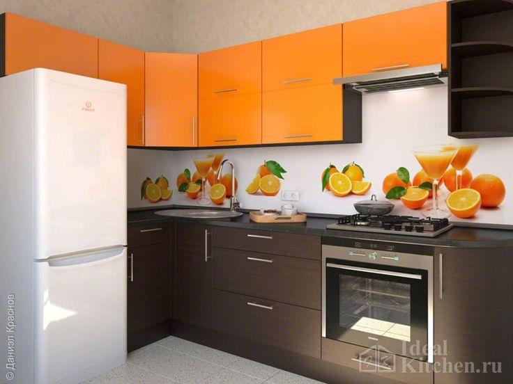 Оранжевая кухня с венге