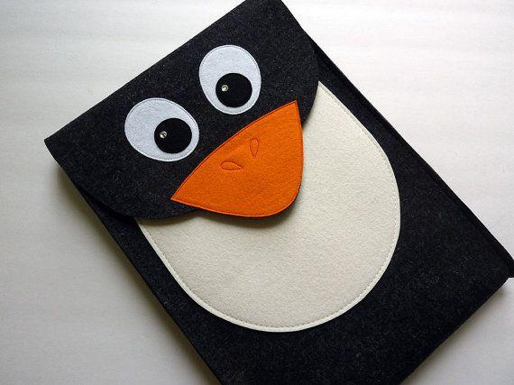 Penguin MacBook Pro 13 inch sleeve - Anthracite felt