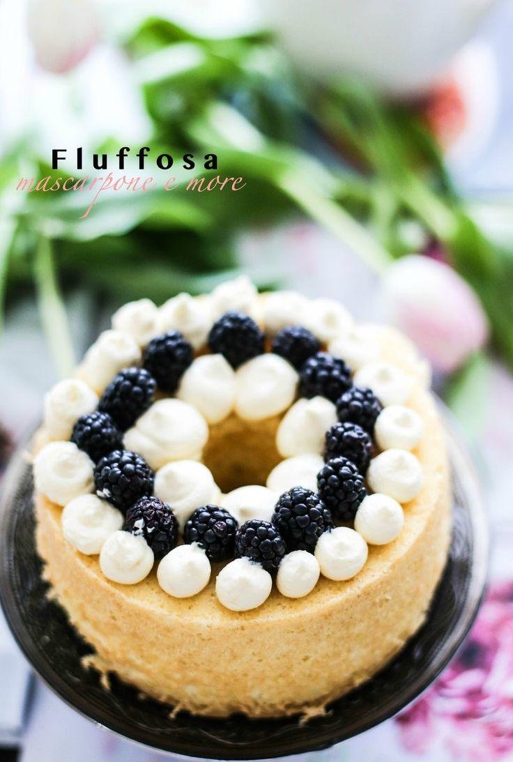 Fluffosa ai frutti di bosco e mascarpone