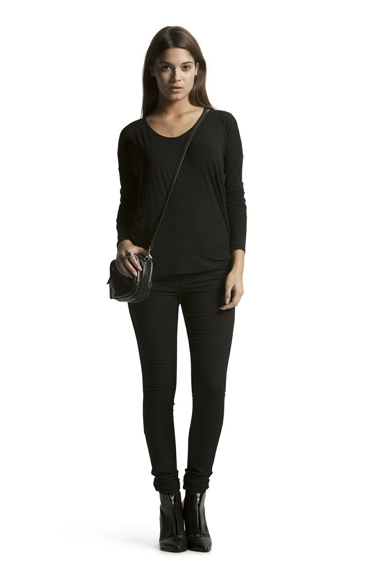 Cloette Long Top with Concorde Slim HW Jeans
