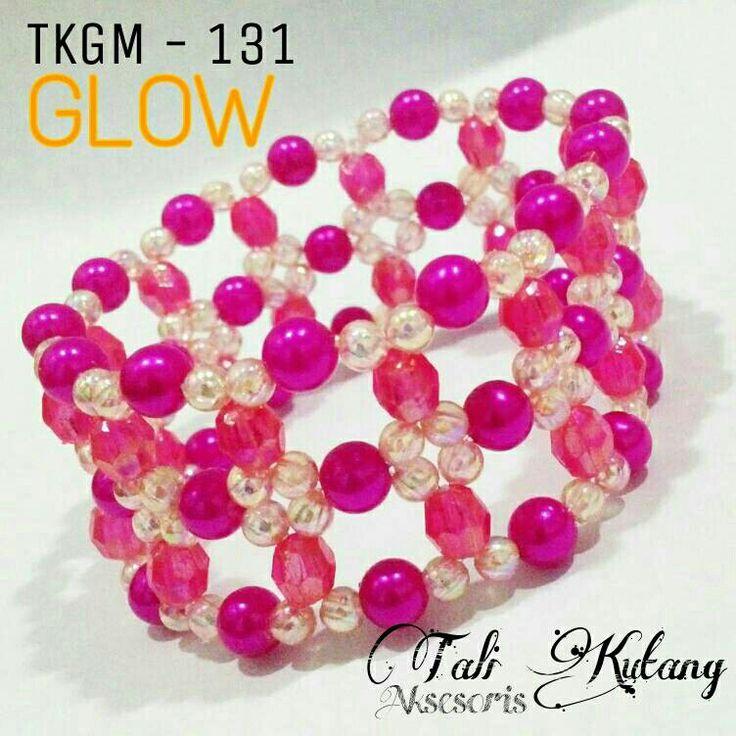 https://www.tokopedia.com/talikutang/gelang-cantik-manik-mutiara-tkgm-131-glow-pink