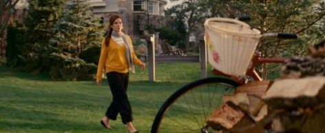 The Proposal_Sandra Bullock_Goldenrod sweater. Amber and stripes