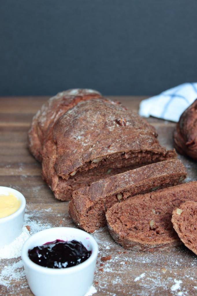 Chocolate walnut bread