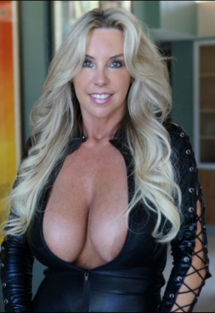 donald milf women Our website shares free mature pictures collection of high-quality nude moms pictures with those who are interested in hot milf sex pics galleries.