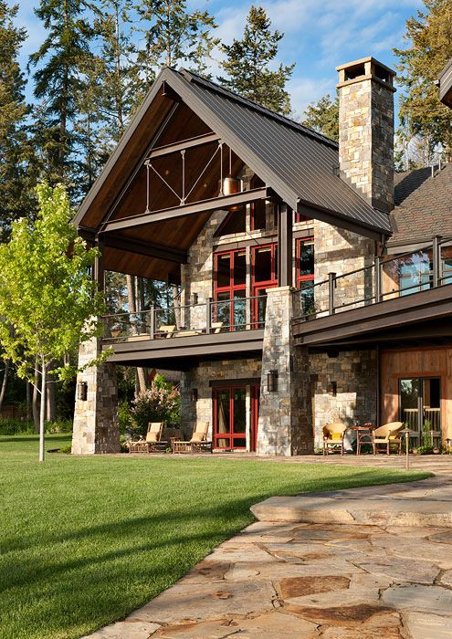 This Montana home, which boasts wood, steel and stone, sits on the shores of Flathead Lake. Gorgeous! Photo credit: Heidi Long