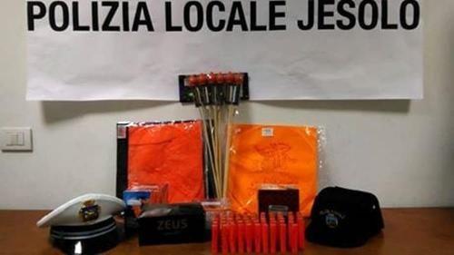 Veneto: #Capodanno a #Jesolo in 10mila alla festa: multati in due scoperti con i petardi (link: http://ift.tt/2iVxamw )