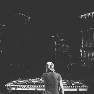@avicii ◢◤ #Avicii #plur #EdmDjs #DanceMusic #edclasvegas #AviciiTheBest #aviciifor1stdjmag2016#solivealifeyouwillremember #Dance #Dj #Music #edmfestival #party #EDMFamily #ElectronicMusic  #Tomorrowland #EdmFamily #potd #HouseMusic #UltraMusicFestival #edmfollow #followme #electronicmusic #Rave #ravefamily #song #ultramusicfestival #ravergirls