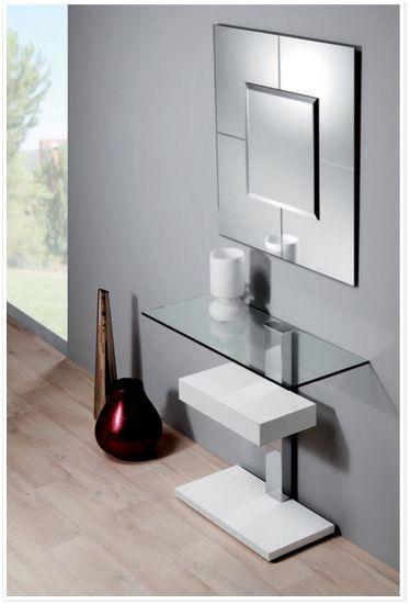 Recibidor. Furniture hall.  #furniture #muebles #Málaga  http://www.decorhaus.es/es/