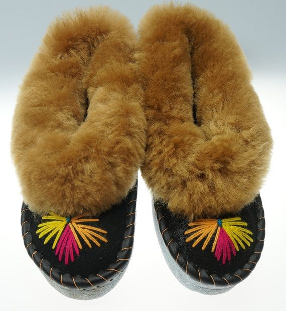 SALE  Women's leather slippers lined with 100 by TrendingSlippers