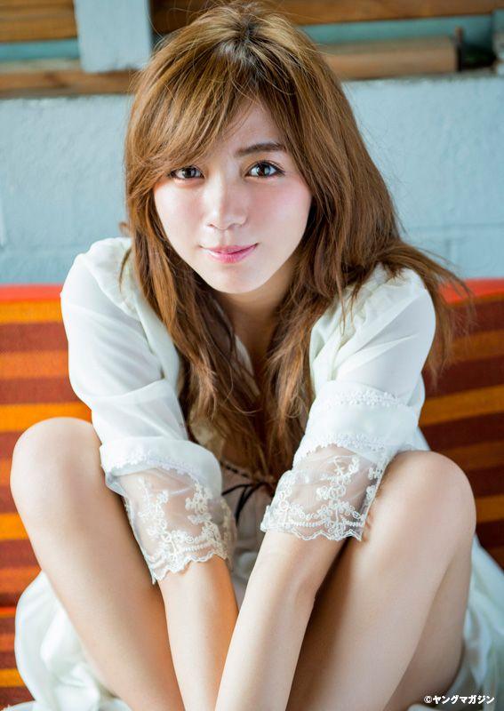 Elaiza Ikeda :http://passion-nippones.eklablog.net/web-magazine-young-magazine-unpublished-pics-web-young-magazine-2015-n-a118736416