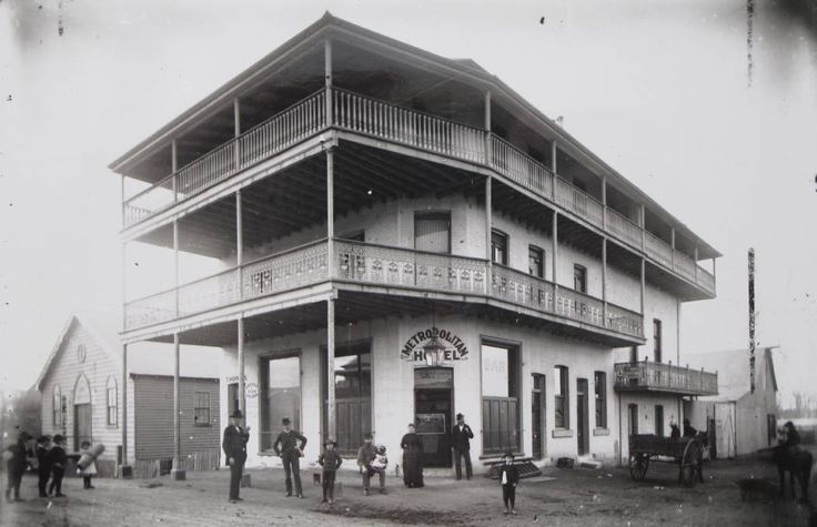 Metropolitan Hotel at Wallsend,New South Wales in 1886.