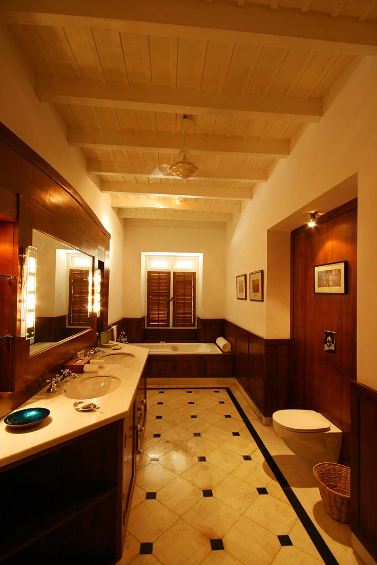 Inside homes bathrooms - From Homes To Hotels Inside Outside Magazine