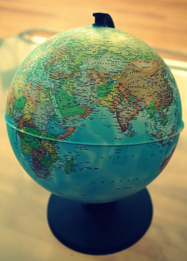 world globe (small)