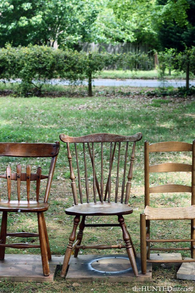 Vintage mismatched chairs for around the outdoor table #designsponge and #dssummerparty