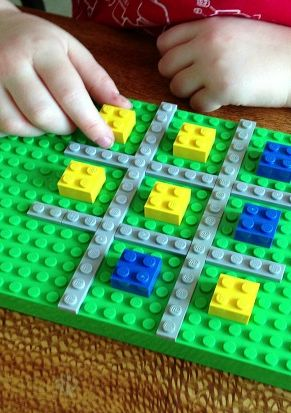 "Soooo EASY!  Create a tic tac toe board with LEGO blocks. *Love the ""out of the box"" approach, too cool."