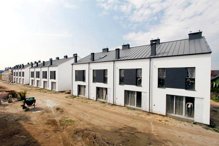 Dbamy, by charakter samych budynków, jak i proponowanego wykończenia nawiązywał do skandynawskiego designu - estetycznego wyznacznika całości przedsięwzięcia. :)