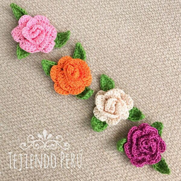 Nos encantan las rosas ! En este mini video tutorial aprenderán a tejer estas rosas enrolladas en 3D a crochet! This video includes English subtitles: crochet 3D rollos roses.