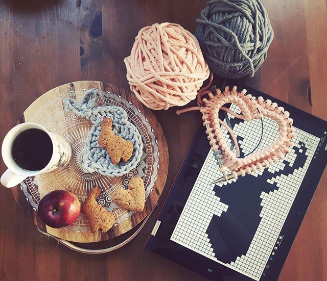 Hello Tuesday ❣ 😄 Time for a new project ❤ #deer #gingerbread #wood #sznurekbawełniany #druty #handmade #recznierobione #lovecrocheting #knitting #dzierganie #crochet #diy #knitinstagram #handcrafted #cushion #miladruciarnia #kolor #cottoncord #cotton #instacrochet #crocheting #knit #homemade #pattern #wzory #home #homedecor #knittinglove #nadrutach #i_love_rekodzielo #handmade