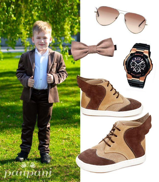 Немного деловитости никогда не помешает! Стильный костюм и белая рубашка превращают обычного мальчишку в настоящего джентльмена. #panpani #панпани #детскаямода #пан #пани #модница #модник #мода #стиль #костюм #брюки #рубашка www.panpani.com.ua