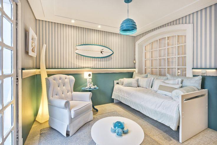 Quarto Aloha, com tema de surf, assinado pelo Bender Arquitetura, na 1 Casa Baby Dreams. Crédito: Marcelo Stammer.