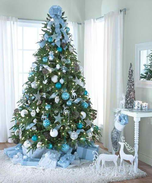 Albero di Natale 2014 con palline bianche argentate e azzurre